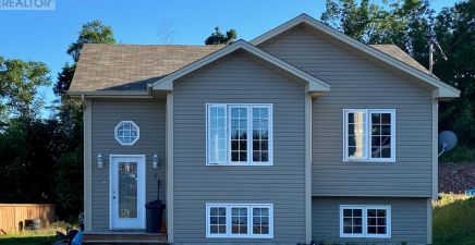 1218021, 7 Percy Drive, Clarenville